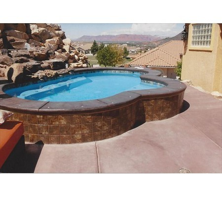 lg_pool_with_bench_raised_2
